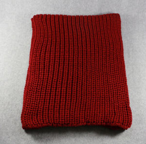 Hot Sale Winter Classic Knitted Snood pictures & photos