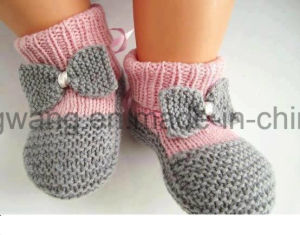 Warm Handmade Crocheting Baby Socks, Stockings pictures & photos