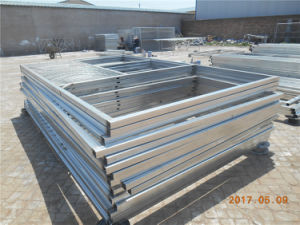 HDPE Quality Swing Door Horse Stable with Roof (XMS142) pictures & photos