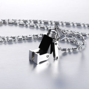 Mens Fashion Jewelry Stainless Steel Necklace Robot Pendant pictures & photos
