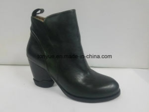 Lady Leather High-Heeled Boots England Wind Restoring Ancient Ways pictures & photos