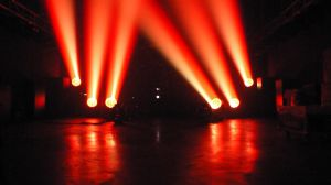 28PCS RGBW Zoom Wash LED Moving Head Stage Light pictures & photos