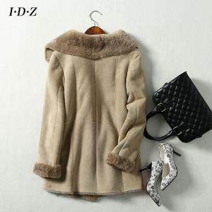 Genuine and Natural Sheep Fur Women Fur Coat pictures & photos