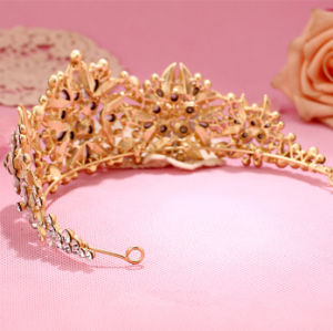 Luxury Gold Leaf Sparking Crystal Wedding Tiara Crown pictures & photos
