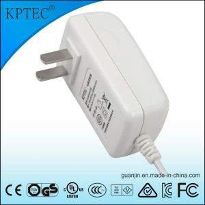 12V/1A/15W Power Adapter with CCC and CQC Certificate pictures & photos