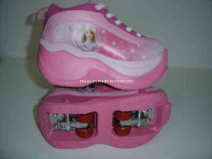 Sport Shoes/Roller Shoes/Roller Skate/Flying Shoes/4-Wheel Shoes, PVC Upper, Alluminum Truck (B15111) pictures & photos