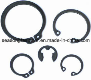 Stainless Steel Circlip / Retaining Ring (DIN471 / DIN472 / DIN6799) pictures & photos