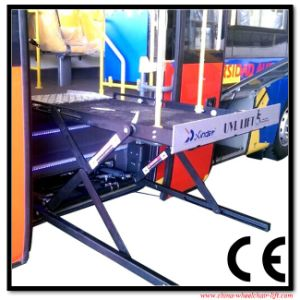 Scissor Wheelchair Lifts and Wheelchair Lifting Table pictures & photos