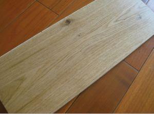 Natural Color Hardwood Floor / Oak Parquet / Engineered Wood Flooring pictures & photos