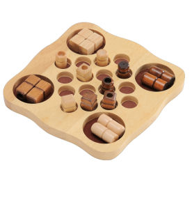 Wooden Chess Board Game Toys (CB1010) pictures & photos