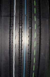 Winda Cheap Price Truck Tyre11r22.5, Radial Green Steer Tyre pictures & photos