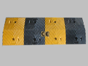 1 Meter Rubber Speed Road Bump (JSD-004) pictures & photos