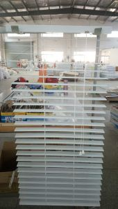 Hot Sell Aluminum Venetian Blinds pictures & photos