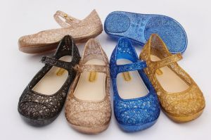 Various Color PVC Children Jelly Shoes Sandals (KR-M88) pictures & photos