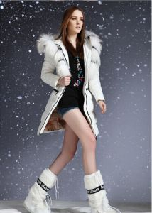 New Women White Duck Down Coat Thick Long Raccoon Fur Collar Hooded Famous Brand Winter Down Jacket Outwear Clothings S924 pictures & photos