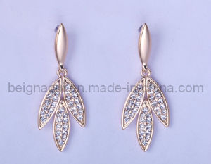 Leaf Shape Fashion with CZ Stone Earring Jewelry pictures & photos
