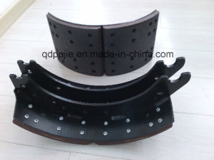 OE Standard Truck Brake Shoe Set pictures & photos