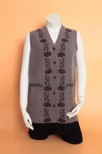 Gn1630 Knitted Cardigan Waistcoat / Yak Wool Waistcoat/Cashmere Waistcoat pictures & photos