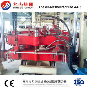 Higher Reliability AAC Sand Lime Brick Machine pictures & photos