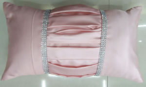 Hand-Made Decorative Cushion Hand-Sewing Diamond-Tape Pillow (XPL-27) pictures & photos