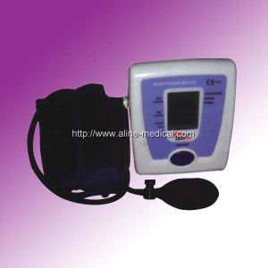 CE/ISO Semi-Automatic Digital Blood Pressure Monitor (MA181) pictures & photos