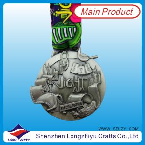 2014 3D Special Zinc Alloy Medal Antique Silver Race Medal with Neck Lanyard, Metal Souvenir Medallion Award (LZY-201300074) pictures & photos