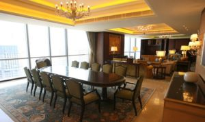 Dining Sets/Hotel Restaurant Furniture/Restaurant Chair and Table (GLND-001002) pictures & photos