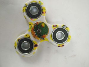 New Adorable Smile Face EDC Hand Spinner Tri Fidget Spinner pictures & photos