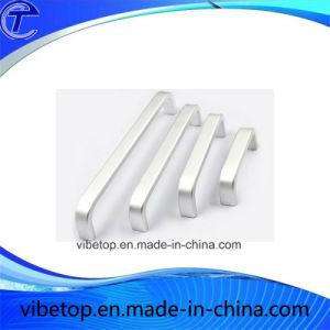 Low Price Wholesale High Precision Aluminum Alloy Door/Furniture Handle pictures & photos