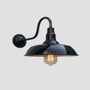 High-Quality Style Enamel Wall Lamp - Black pictures & photos
