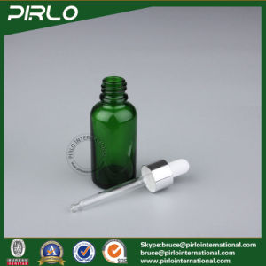 5ml 10ml 15ml 30ml 50ml 100ml Green Color Glass Dropper Bottle Empty Essential Oil Bottle pictures & photos