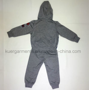 Children Suit Boy Suit Sport Suit in Kids Clothes pictures & photos