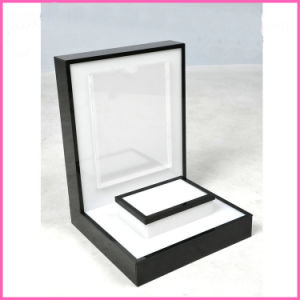 Hight Quality Acrylic Cosmetics Stand