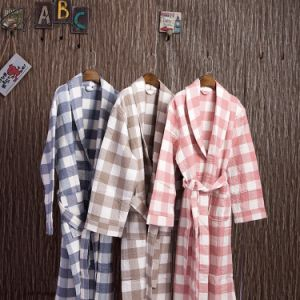 Promotional Plaid Cotton Bathrobe / Pajama / Nightwear pictures & photos