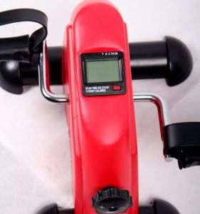 Gym Fitness Bicycle Trainer Equipment Motorized Mini Exerciser Bike pictures & photos