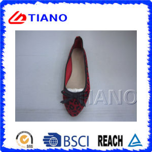 Wholesale Leopard Outdoor Lady Shoes (TNK23747) pictures & photos