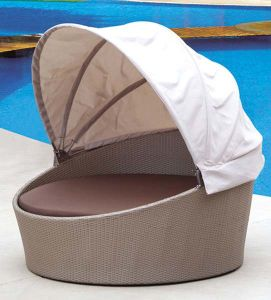 Outdoor Rattan/Wicker Round Daybed with Canopy for Pool (LN-021) pictures & photos