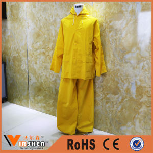 100% Polyester Waterproof Breathable Rain Coat Plastic Raincoats pictures & photos