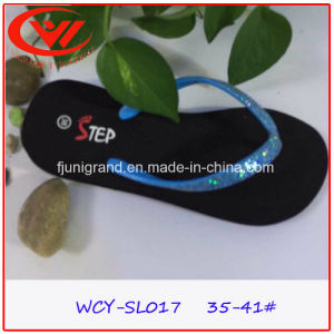 Female Fashion EVA Flip Flops Durable PVC Slipper for Women pictures & photos