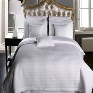 Luxury Checkered Super Soft Solid Twin Quilted Bed Quilt pictures & photos