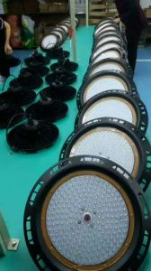 High Power Long Lifespan UFO 180W LED High Bay Light pictures & photos
