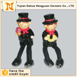 Design of Long Legs Chimney People Ceramic Gift Craft pictures & photos