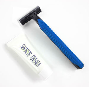 Hotel Razor/ Double Blade Razor + Shaving Cream (GGSS026) pictures & photos