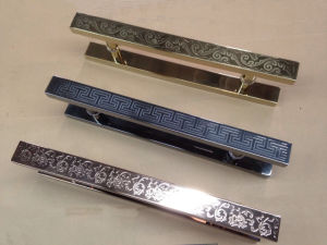 Stainless Steel Mosaic Red Color Glass Door Pull Handles pictures & photos