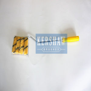 032-Paint Roller (Yellow Stripes With Plastic Handle and Four Rollers) pictures & photos