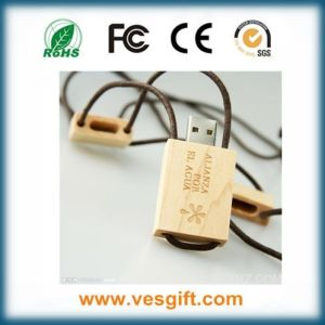 Fashion Design USB2.0 Promo Smart Wooden USB Memory Pendrive pictures & photos