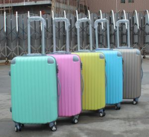 ABS Spinner Suitcase Bag Making Machine (YX-21A) pictures & photos