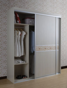 China Foshan Made Wooden Wardrobe Design pictures & photos