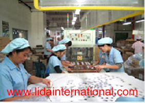 Duty Free Packing Service in China Bonded Warehouse pictures & photos