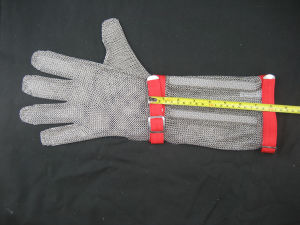 Long-Sleeve Chain Mail Protective Anti-Cut Glove pictures & photos